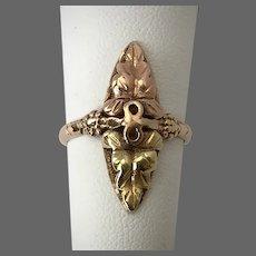 Lovely Black Hills Gold Navette Ring Size 5-1/4