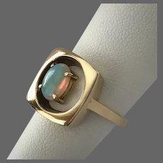 Lovely 14K YG Modernist Opal Ring Size 6-1/4