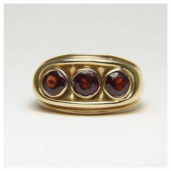 DAPHNE BOHEMIAN BOMBSHELL Vintage Tri-Stone Garnet 10 Karat Gold Ring