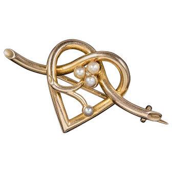 Antique Victorian Pearl Heart Brooch 15ct Gold Circa 1900