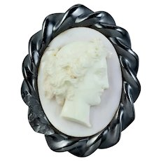 Antique Victorian Angel Skin Coral Cameo Brooch Whitby Jet Frame Circa 1860