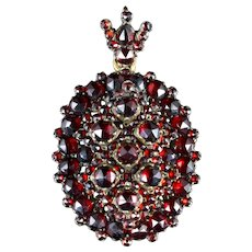 Antique Victorian Bohemian Garnet Locket 18ct Circa 1880