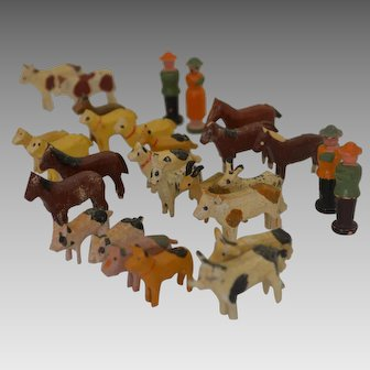 Antique Noah's Ark Animlas