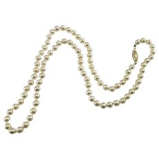 Vintage Cultured Pearl Necklace with 14 Karat Yellow Gold Closure