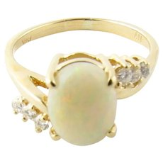 Vintage 14 Karat Yellow Gold Opal and Diamond Ring Size 7.25