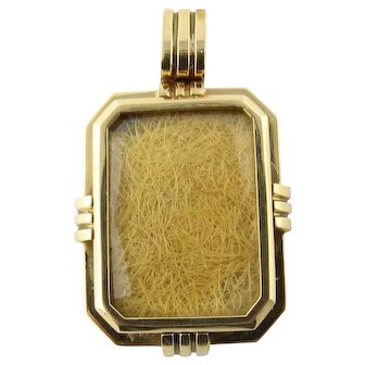 Antique Victorian 14 Karat Yellow Gold Mourning Hair Locket