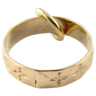 Vintage 14 Karat Yellow Gold Wedding Band Charm