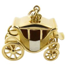 Vintage 14 Karat Yellow Gold Coach/Carriage Charm