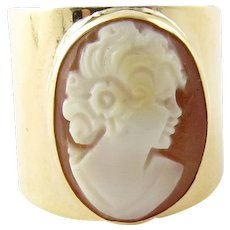 Vintage 14 Karat Yellow Gold Cameo Cigar Band Ring Size 5.5