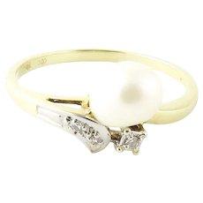 Vintage 14 Karat Yellow Gold Pearl and Diamond Ring SIze 6.5