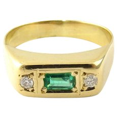 Vintage 14 Karat Yellow Gold Emerald and Diamond Ring Size 9