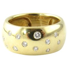 Vintage 18 Karat Yellow Gold and Diamond Wedding Band Size 7.25