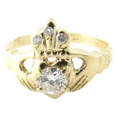 Vintage 14 Karat Yellow Gold and Diamond Claddagh Ring Size 6.25
