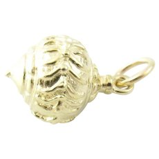 Vintage 14 Karat Yellow Gold Christmas Ornament Charm