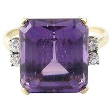 Vintage 14 Karat Yellow Gold Amethyst and Diamond Ring Size 6.25