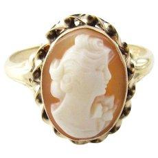 Vintage 10 Karat Yellow Gold Cameo Ring Size 10