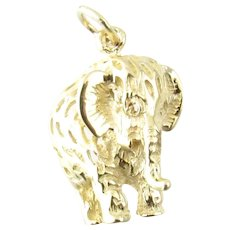 Vintage 14 Karat Yellow Gold Elephant Charm