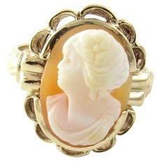 Vintage 10 Karat Yellow Gold Cameo Ring Size 4