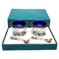 Boxed Set of 2 Reed & Barton Cobalt Blue Glass Sterling Silver Salt Cellars with Gold Washed Bowl Spoons