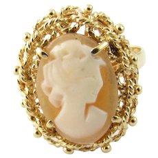Vintage 18 Karat Yellow Gold Cameo Ring Size 5.75