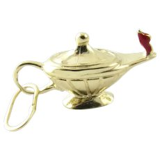 Vintage 14 Karat Yellow Gold Oil Lamp Charm