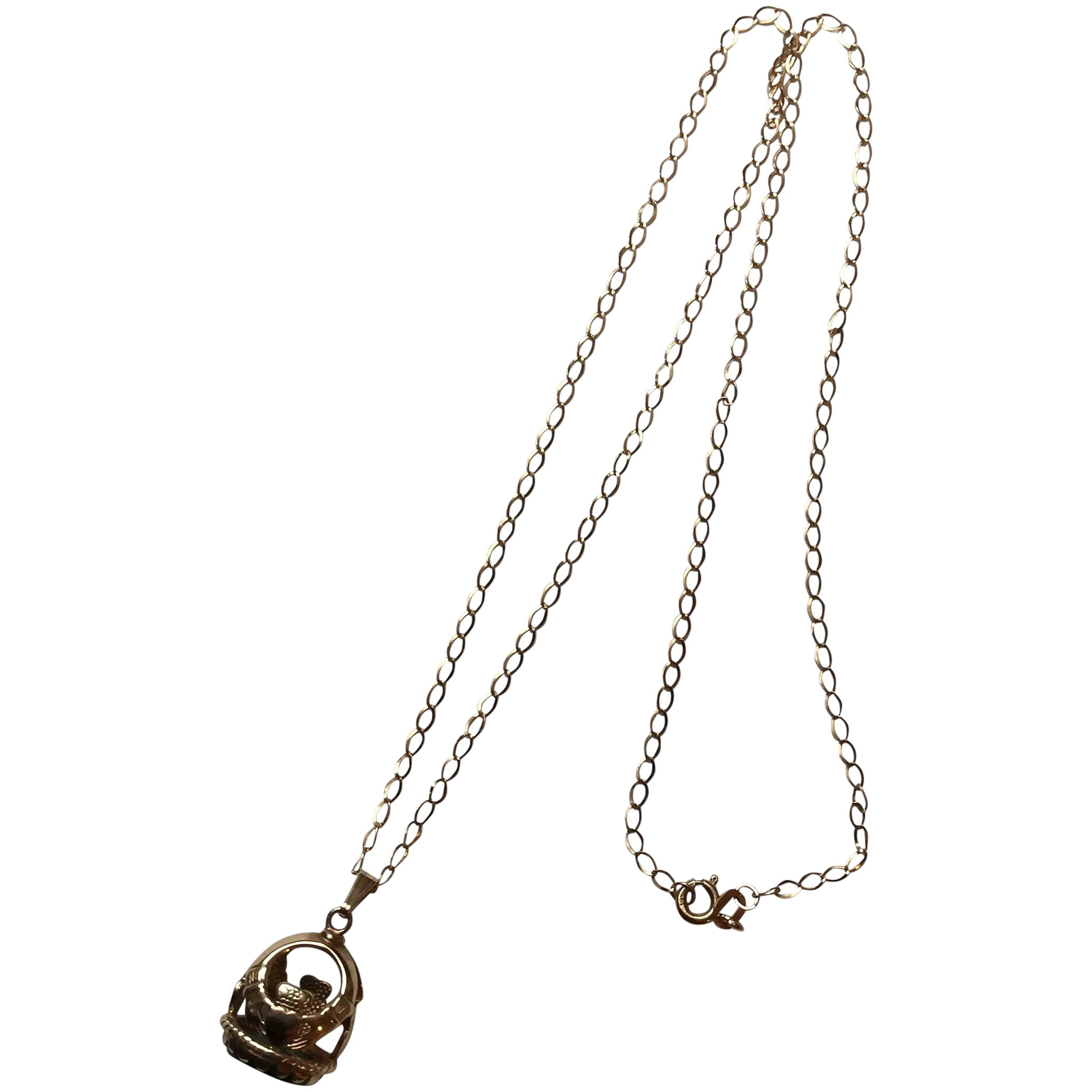 claddagh love lock necklace
