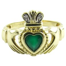 Vintage 14 Karat Yellow Gold Emerald and Diamond Claddagh Ring Size 6