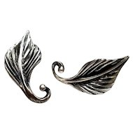 Vintage Danecraft Sterling Silver Leaf Screw Back Earrings