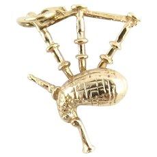 Vintage 9 Karat Yellow Gold Bagpipe Charm