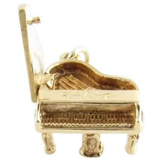 Vintage 14 Karat Yellow Gold Grand Piano Charm