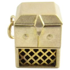 Vintage 14 Karat Yellow Gold Record Player Charm