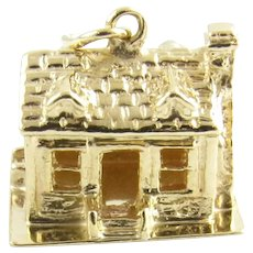 Vintage 14 Karat Yellow Gold House Charm
