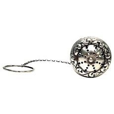 Victorian Sterling Silver 2 Piece Tea Ball