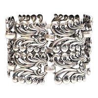 Vintage Danecraft Sterling Silver Feather/Scroll Panel Bracelet