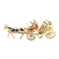 Vintage 14 Karat Yellow Gold Horse and Carriage Charm
