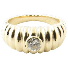 14K Yellow Gold and Diamond Band Ring Size 4.75 stamped Jose