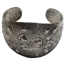 Reynolds Hand Chased Sterling Silver Clover Motif Cuff Bracelet #92