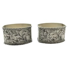 800 Silver Pair of Tooled Floral Rectangular Napkin Rings