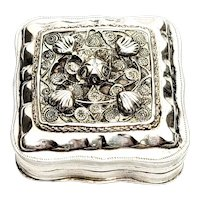 Vintage Dutch 835 Silver Snuff Box