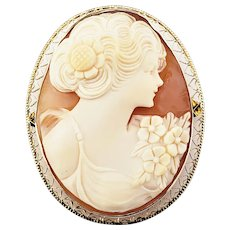 Vintage 10 Karat Yellow Gold Cameo Brooch/Pin