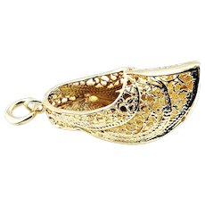 Vintage 14 Karat Yellow Gold Filigree Dutch Shoe Charm