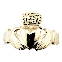 Vintage 14 Karat Yellow Gold Claddagh Ring Size 5.25