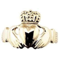 Vintage 14 Karat Yellow Gold Claddagh Ring Size 5.25