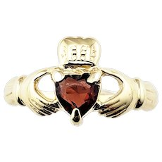 Vintage 14 Karat Yellow Gold and Garnet Claddagh Ring Size 7