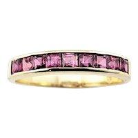 Vintage 14 Karat Yellow Gold and Garnet Ring Size 6.75 GAI Certified