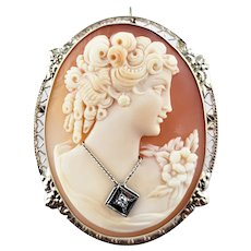 Vintage 14 Karat Yellow Gold and Diamond Cameo Brooch/Pendant