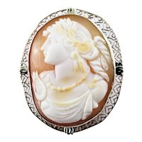Vintage 14 Karat Rose Gold Cameo Brooch/Pendant