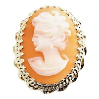 Vintage 14 Karat Yellow Gold Cameo Ring Size 8.25