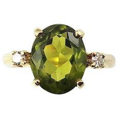 Vintage 14 Karat Yellow Gold Green Tourmaline and Diamond Ring Size 5