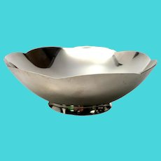 Vintage Tiffany & Co Sterling Silver Scallop Edge Flower Bowl